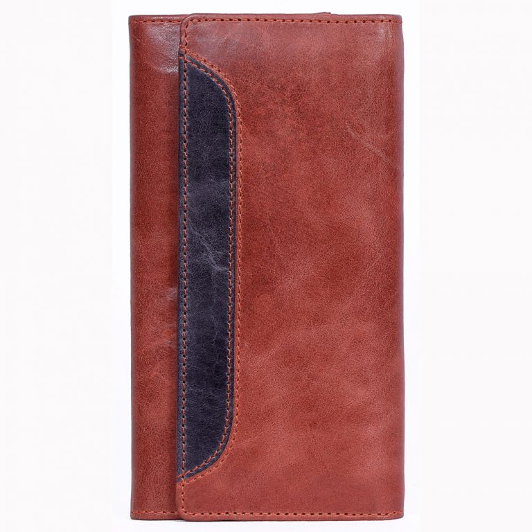 Brown crunch leather purse