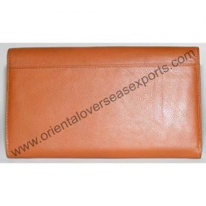 back look of genuine leather waiters purse