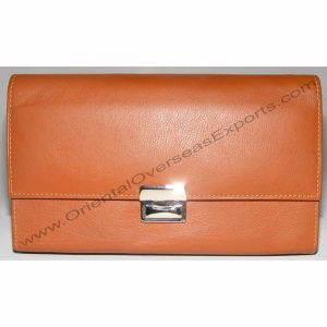 front look of leather waiters purse